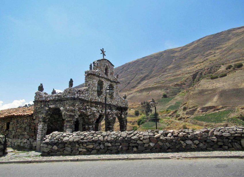 Capilla de piedra en Mérida