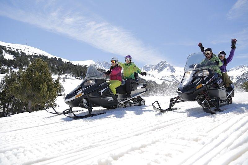Subirte en una moto de nieve