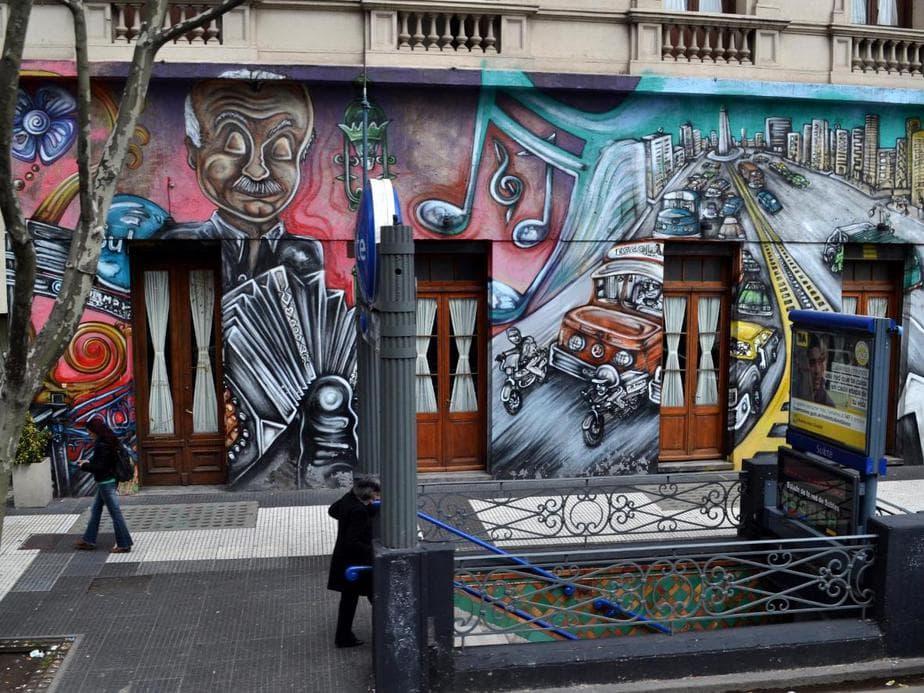 Disfruta del arte urbano